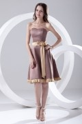 Elegant Bow Strapless Satin Knee length Formal Bridesmaid Dress