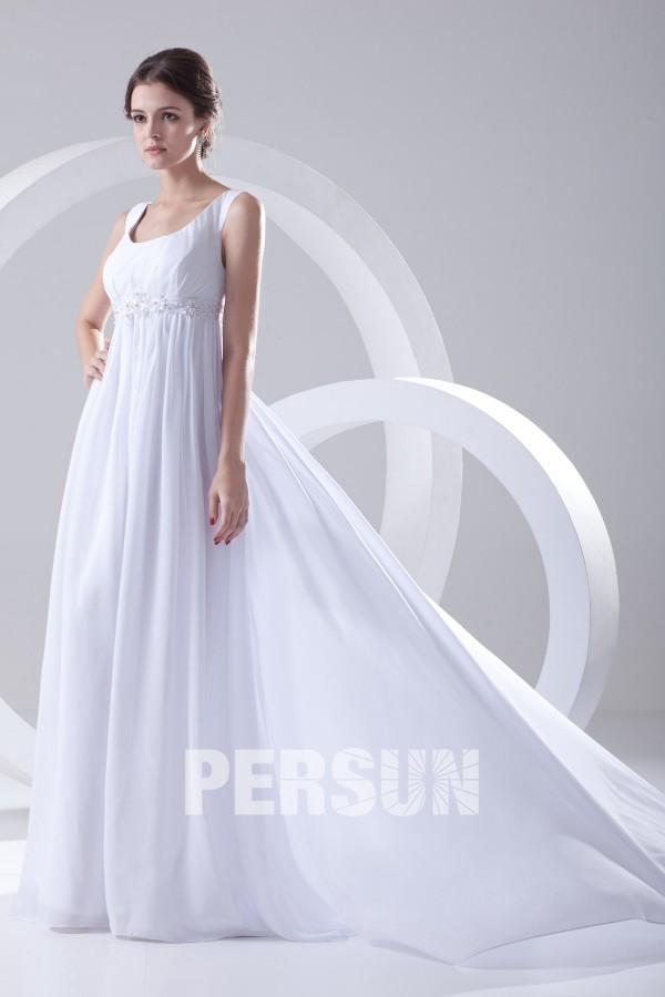 Robe blanche de mariée en mousseline