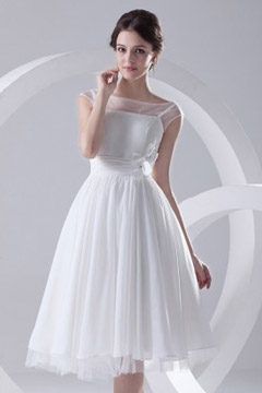 Dunstable Perspective Boat Neck Knee Length Chiffon Wedding Dres