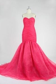 Soldes robe de bal sirène fuchsia taille 40