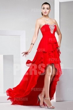 Soldes robe de bal rouge taille 32