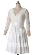 Solde robe de mariée courte manches dentelle taille 42
