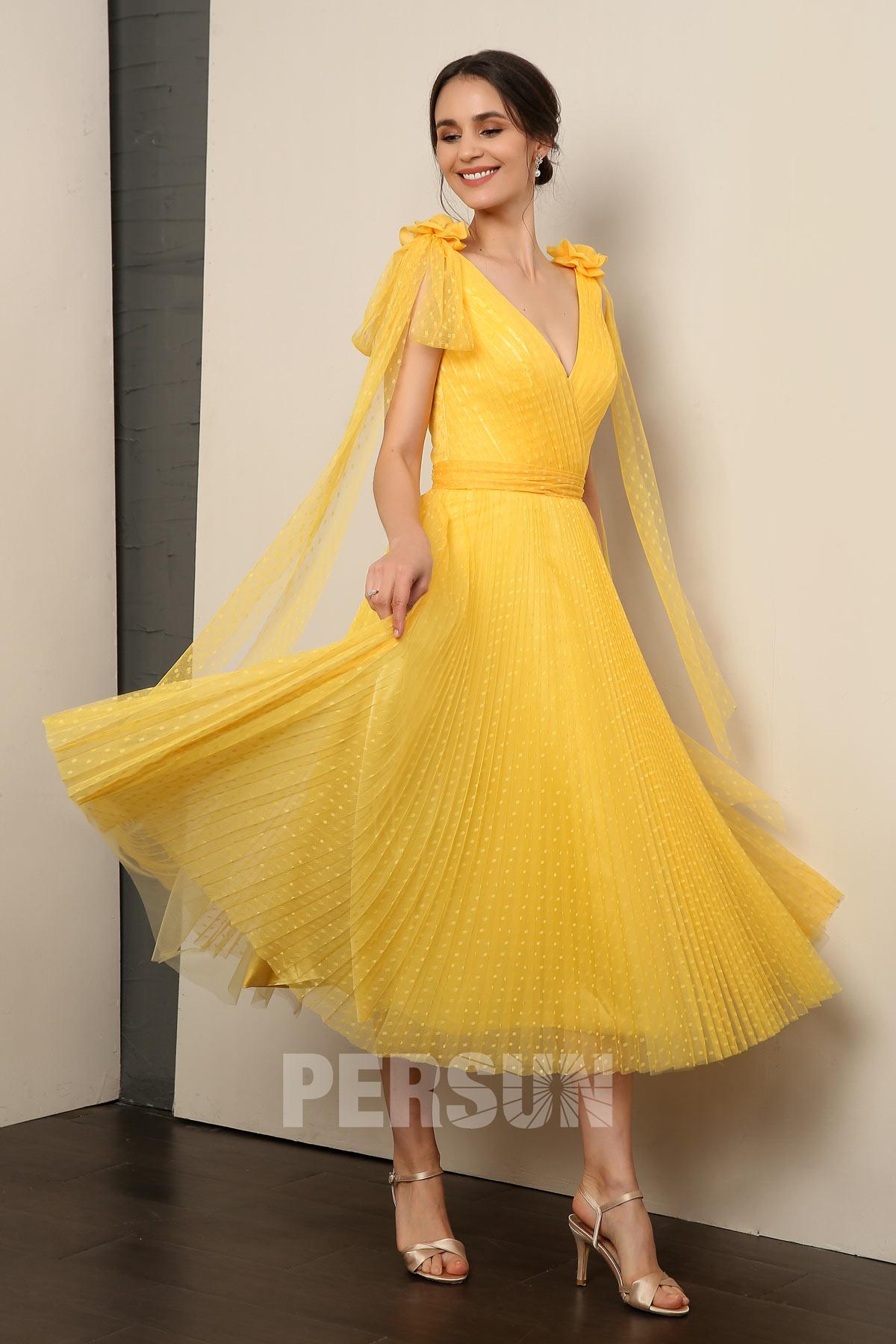 Vintage robe soirée midi encolure v en plumetis jaune plissée