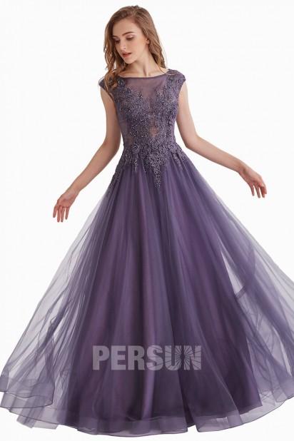 Robe de bal violette romantique haut appliqué de guipure et strass
