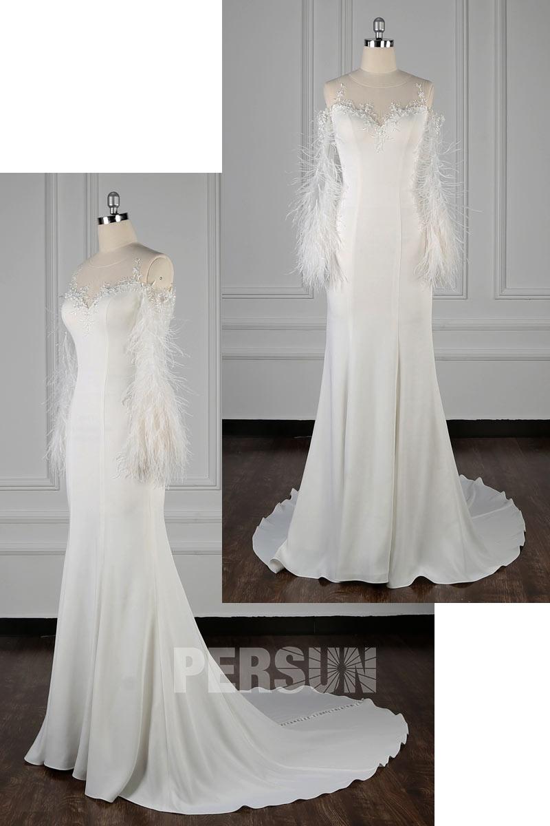 robe de mariée chic boho épaule dégagé col illusion à manches longue plumées