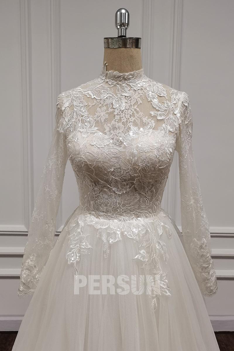 robe de mariée modeste col montant en dentelle