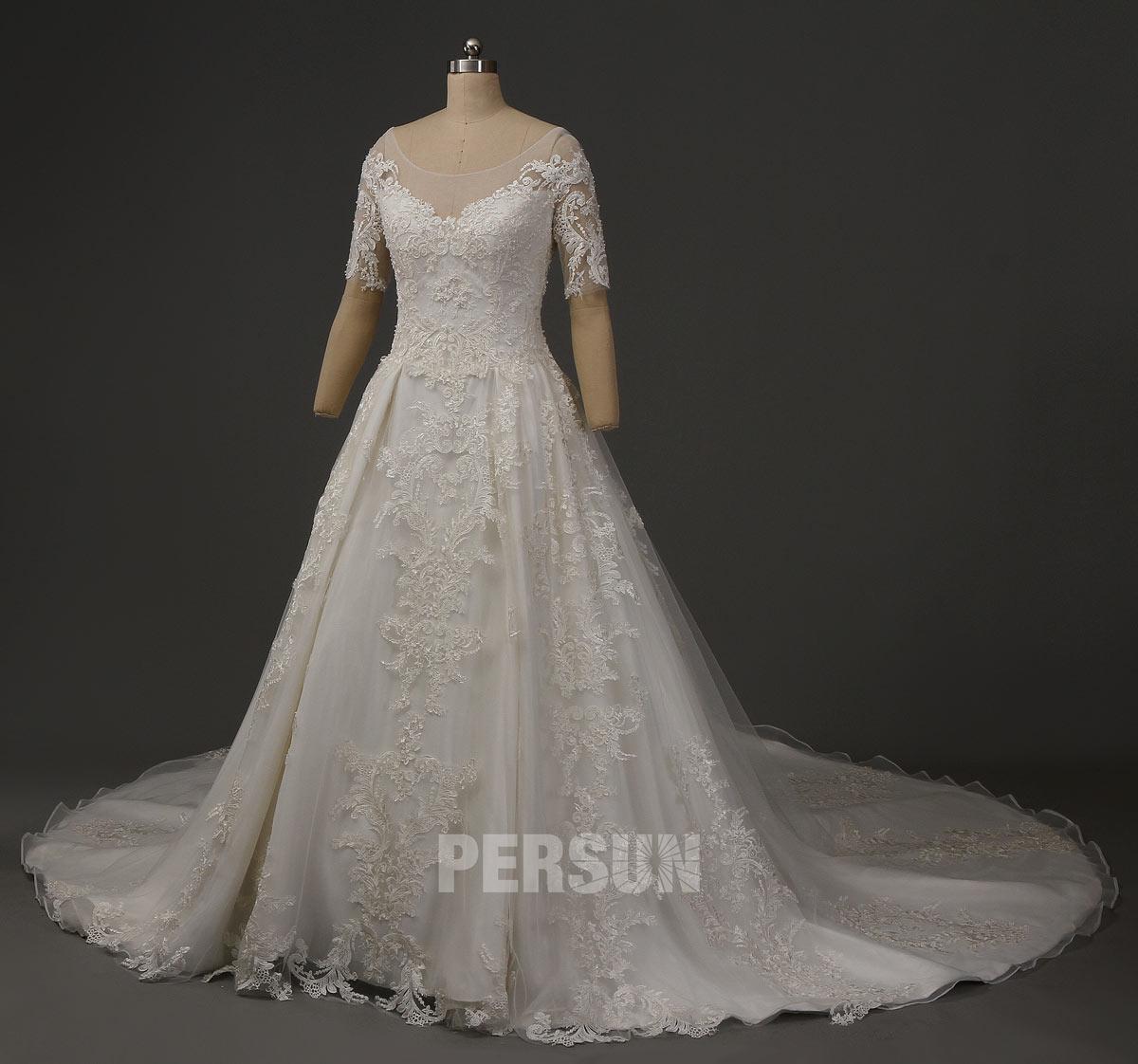 robe de mariée dentelle de luxe avec manches à traîne royale
