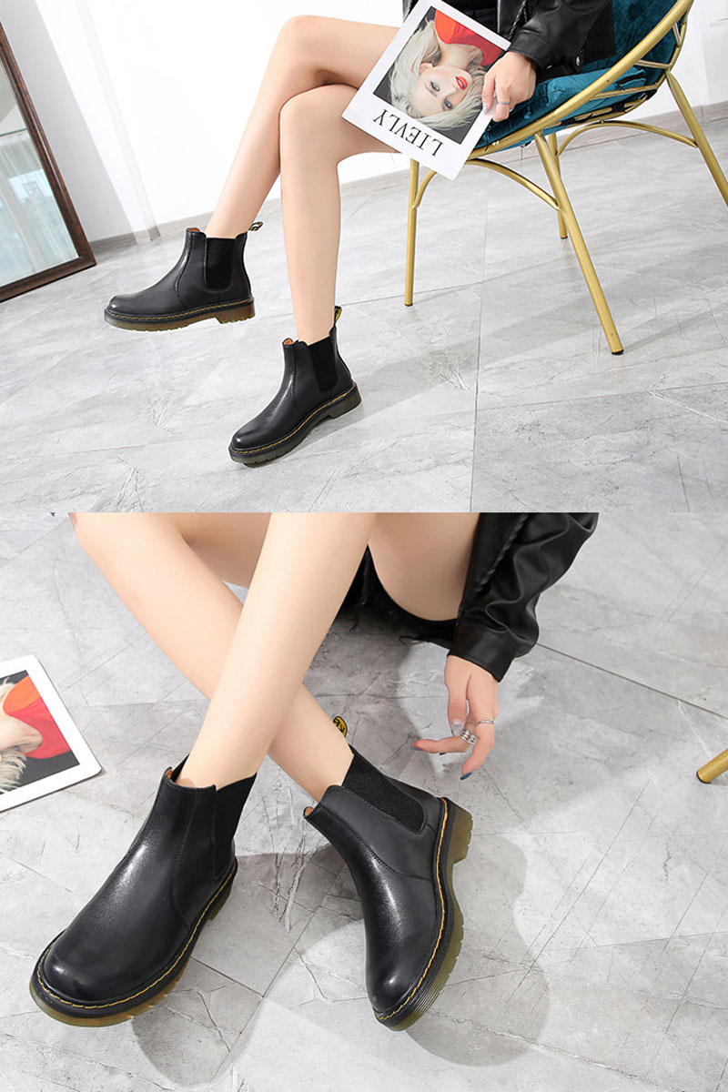 bottine chelsea femme noir en cuir imperméable plate