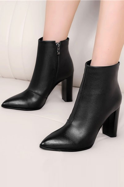 low boots femme cuir noir pointues talon plat