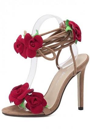 Sandale à lacet talon haut ornée de fleurs rouges
