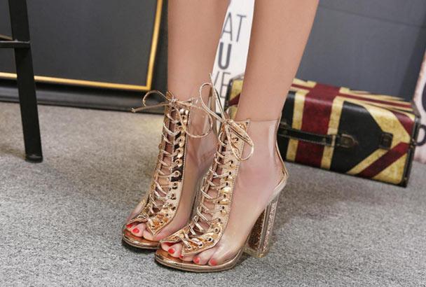sandales de soirée dorée transparente à talon haut
