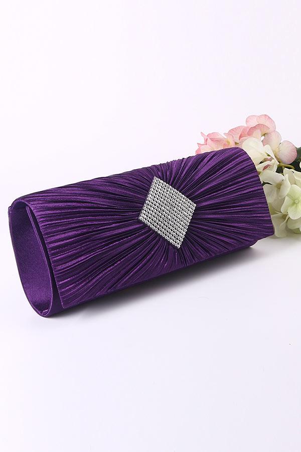 Sac à main violet plissé  en satin pour cocktail
