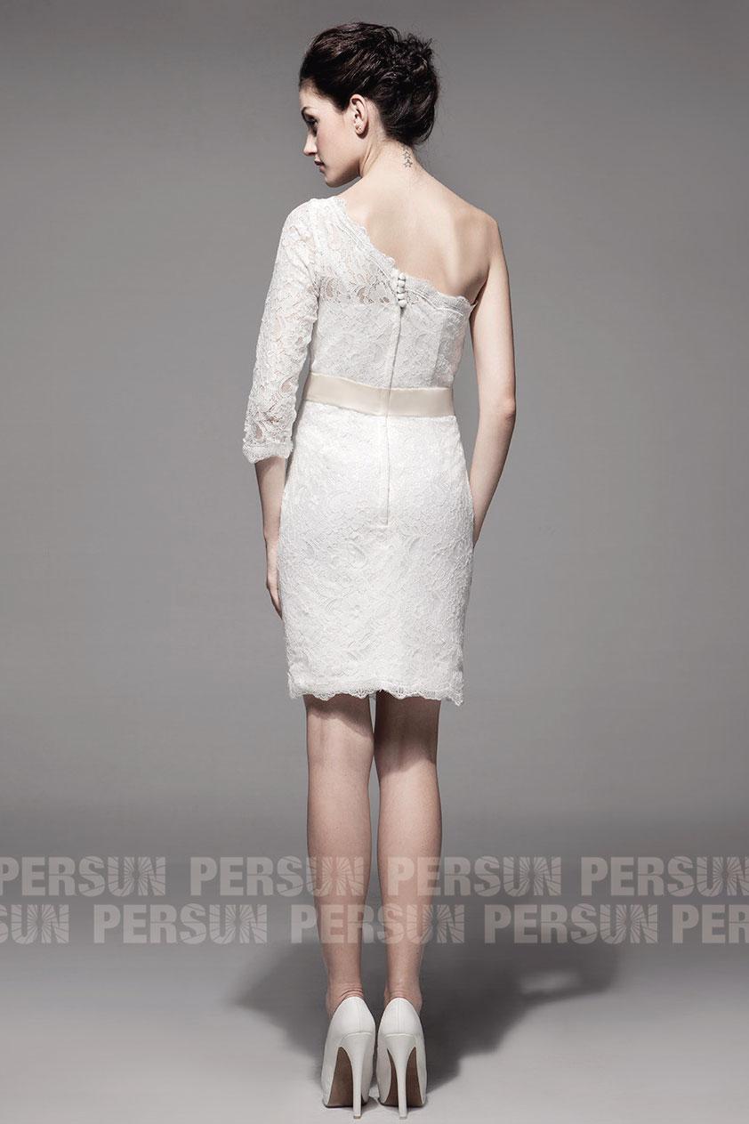 robe asymétrique dentelle avec manche pour gala