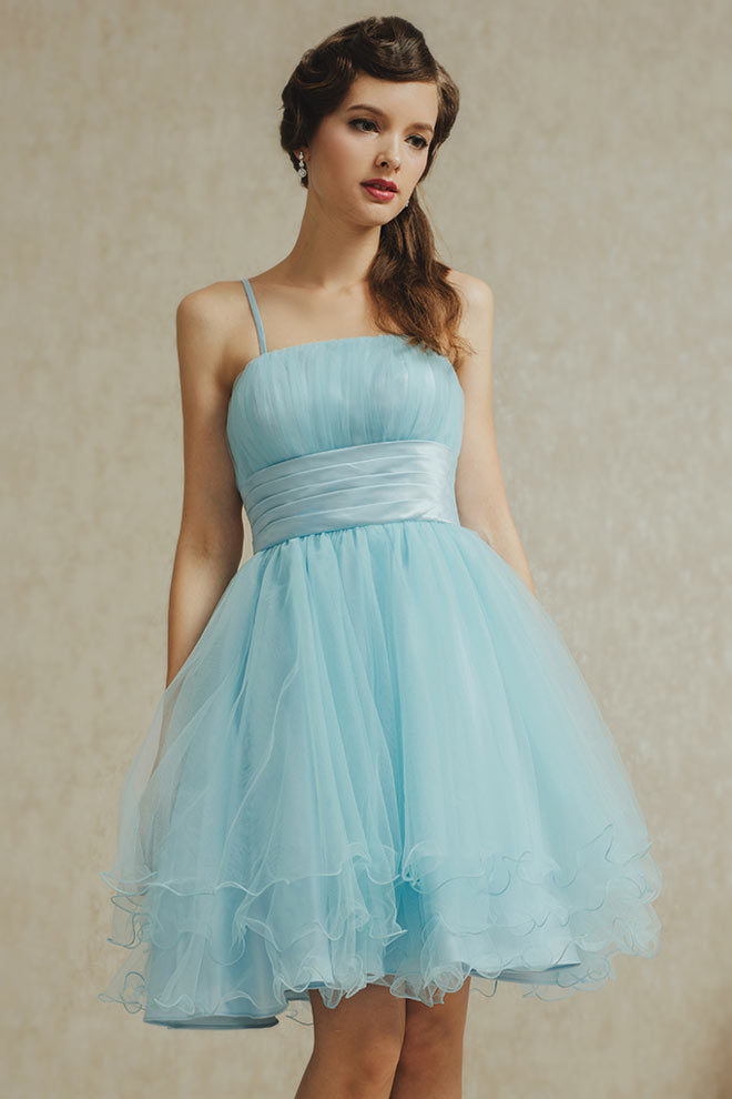 Mini robe soirée bleu pastel effet vaporeux avec tissu de tulle