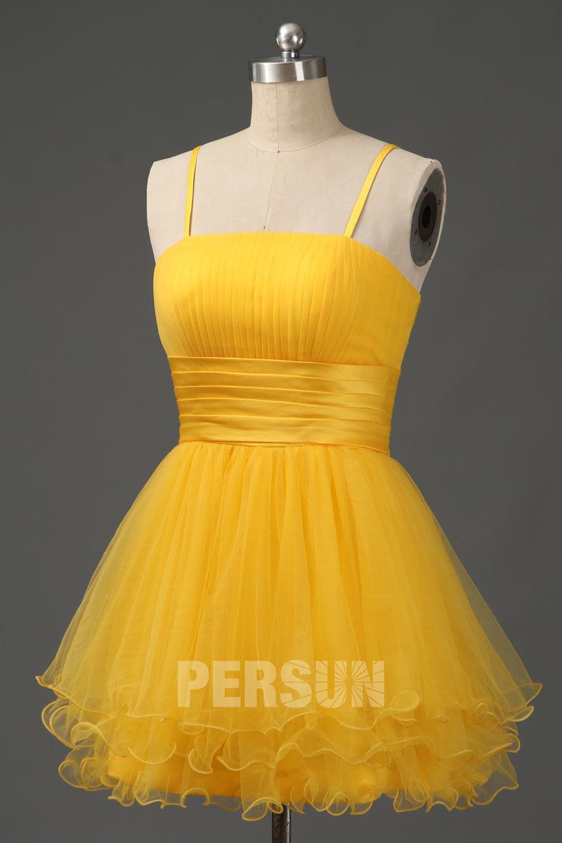 petite robe jaune jaune bustier plissé avec bretelle fine