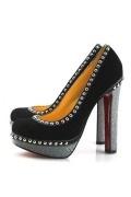 Schwarze Niete aus Leder mit roter Sohle Schlupfschuh Plateauabsatz Damen Pumps