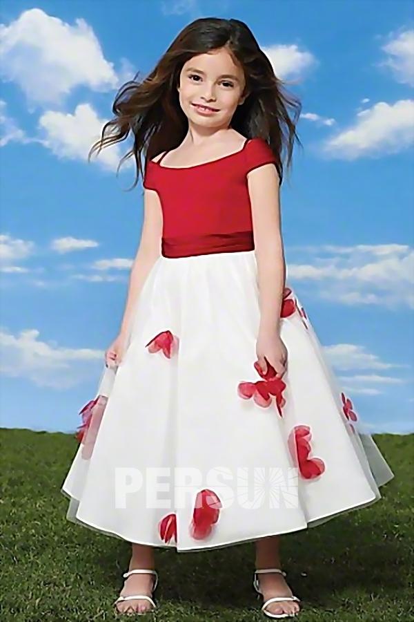 005b05fae4bc8 Robe mariage enfant épaule dégagée princesse ornée de fleur à jupe ...