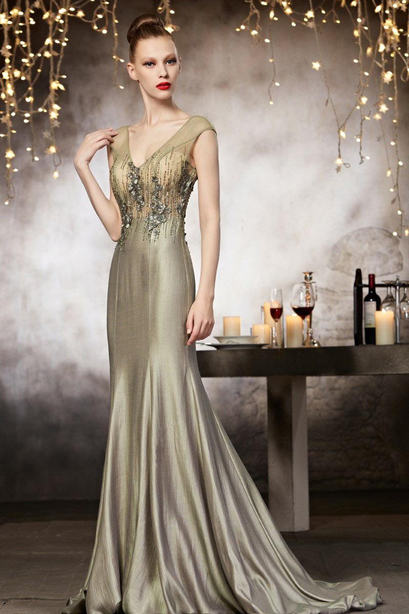 13a37e8f124 robe de soirée vert gris forme sirène. robe de soirée longue fourreau haute  couture