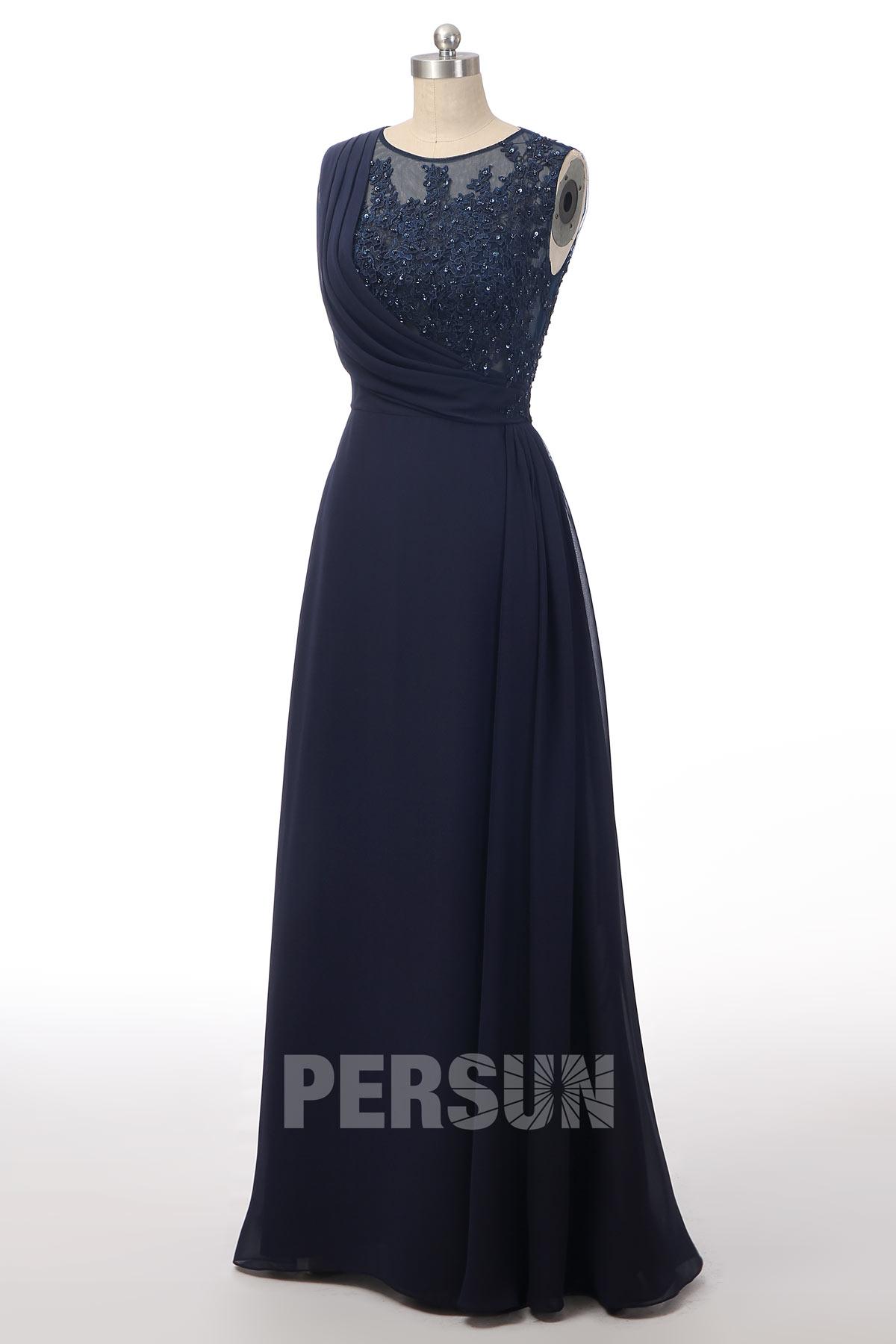 robe de soirée longue bleu nuit haut en dentelle appliquée plissé