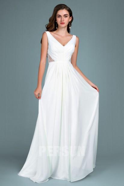 robe de mariée blanche simple côte dentelle col en V plissé