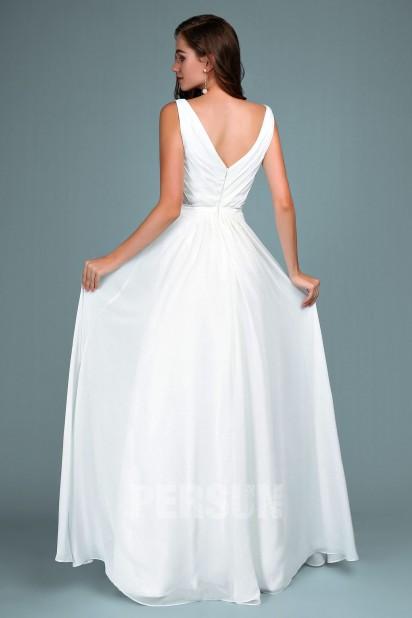 robe de soirée longue et blanche