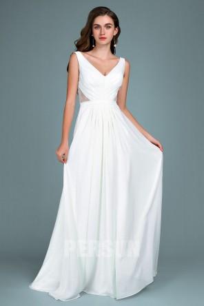 Robe soirée blanche col en V côte embellie de dentelle florale