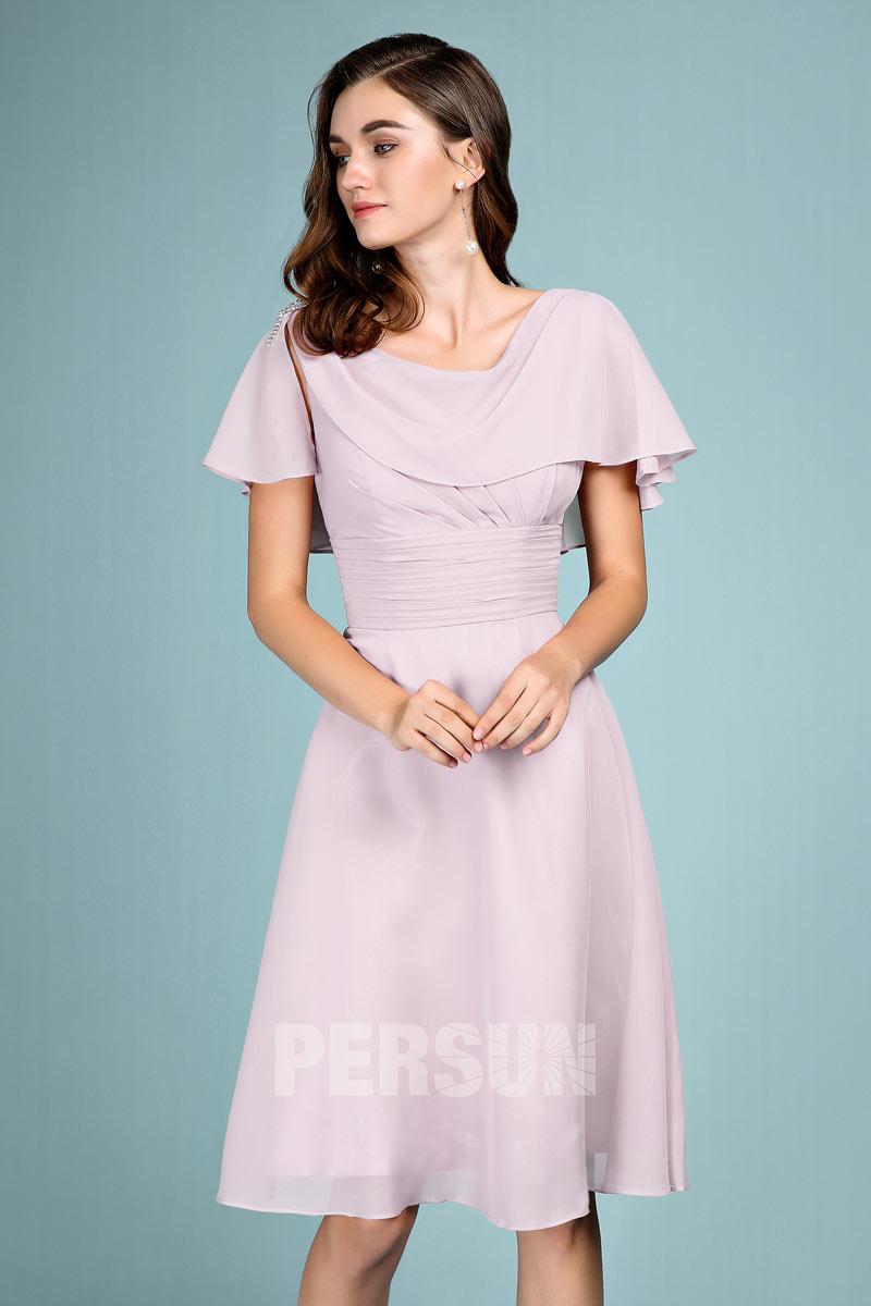 robe soirée courte lilas poudré en mousseline avec cape drapé pour mariage invité