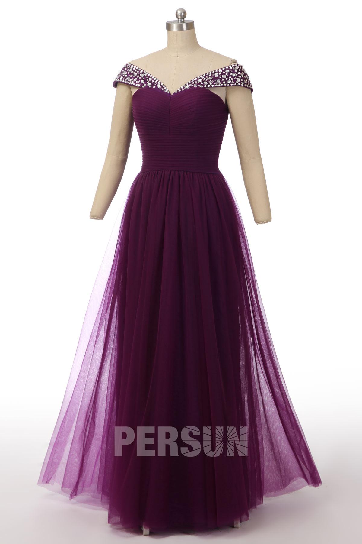 robe de soirée longue prune col bardot bustier plissé embelli de bijoux