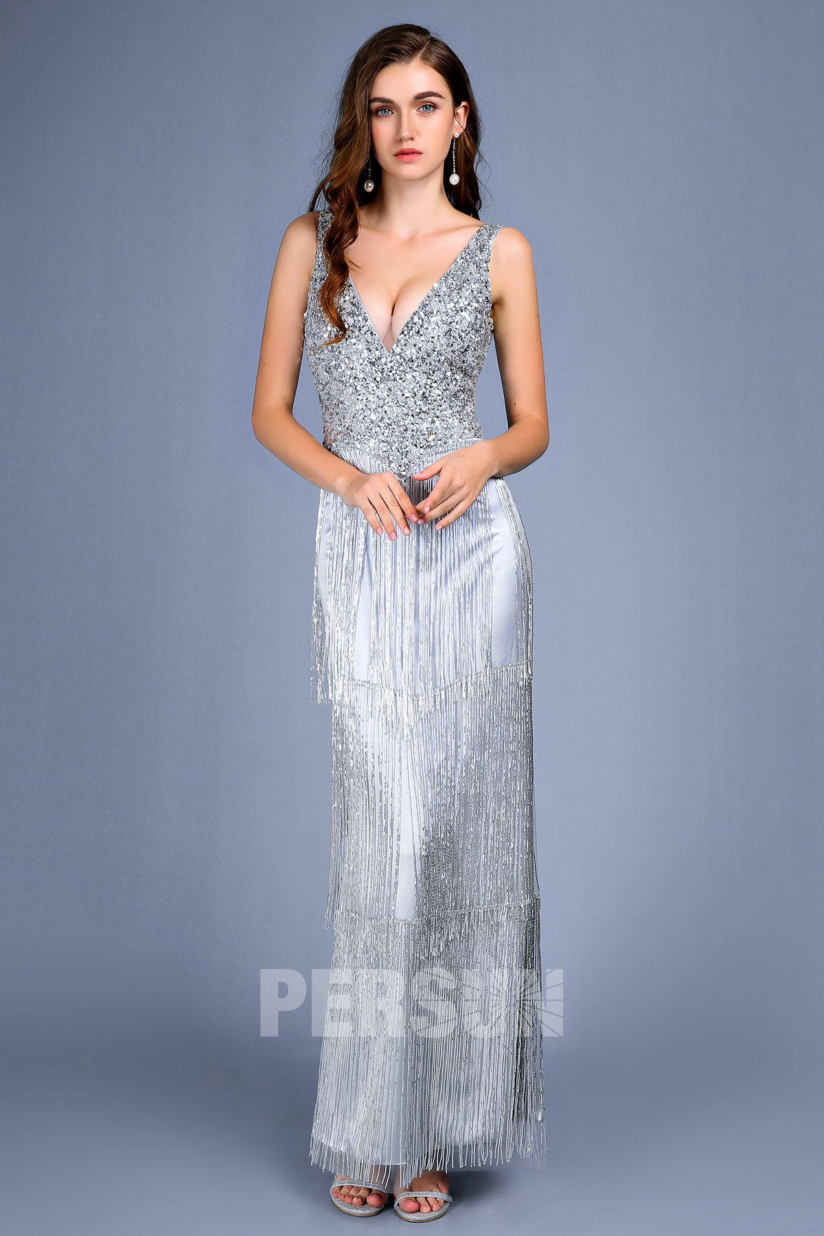 robe de soirée sexy argenté en paillette embelli de frange