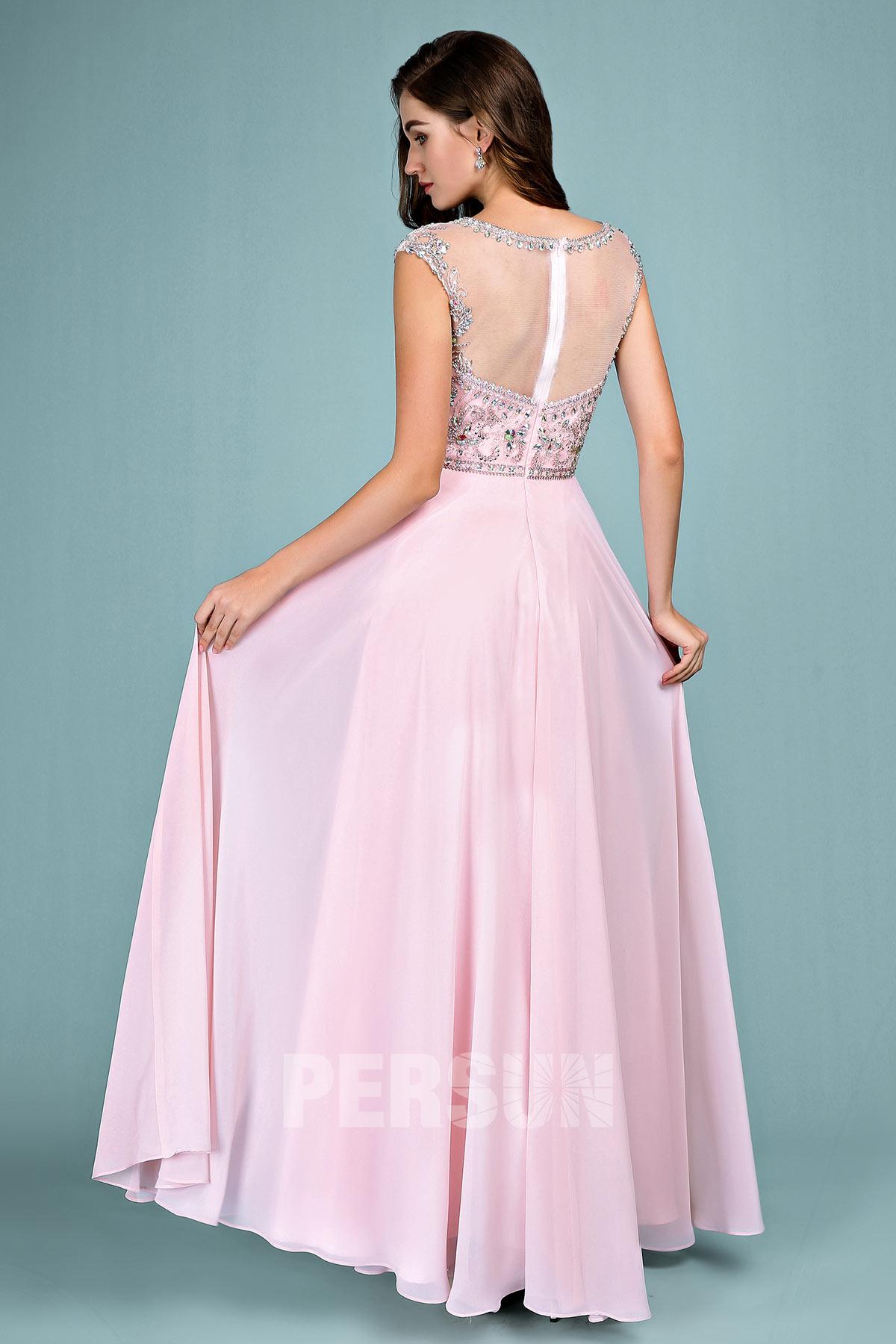 Robe de gala rose longue haut embelli de bijoux jeu transparent