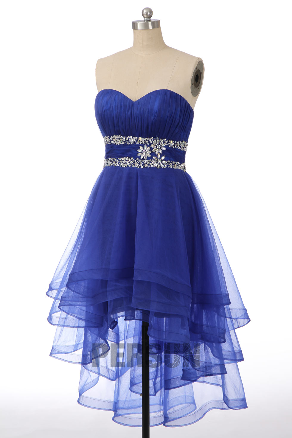 robe de bal bleu roi courte devant longue derrière bustier coeur taille ornée de strass