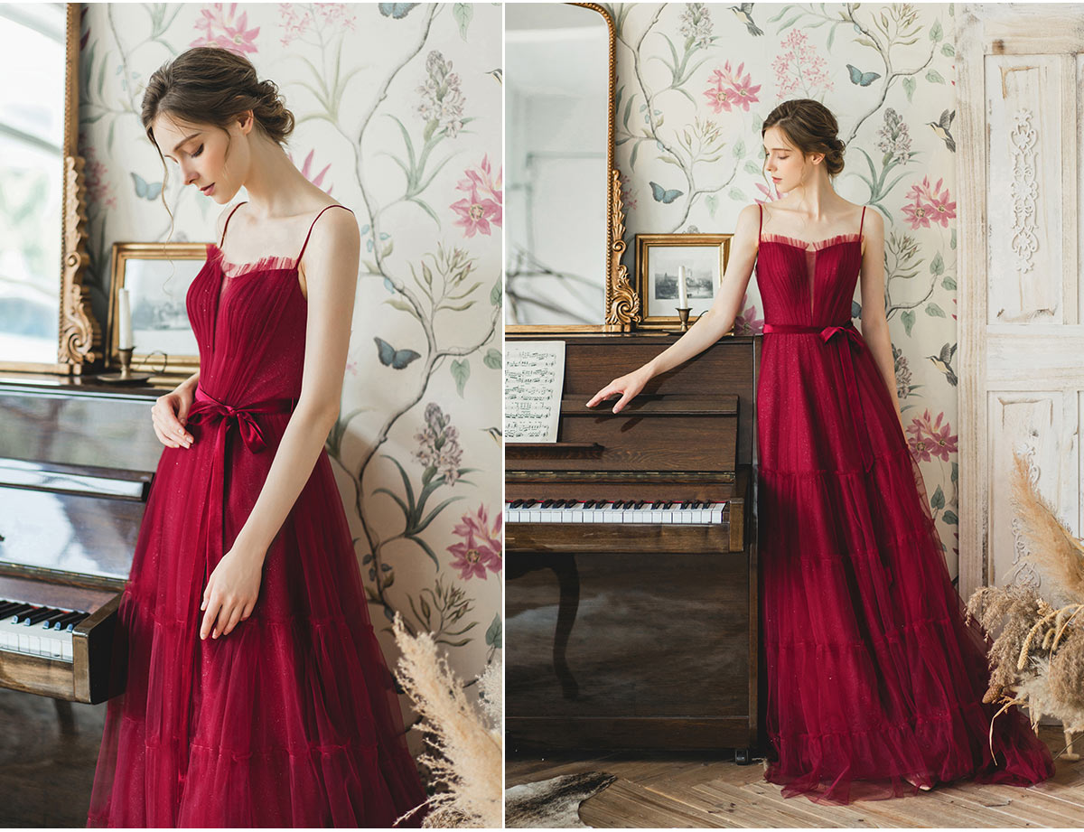 robe de mariage rouge rubis 2020 bohème à bretelles spaghetti