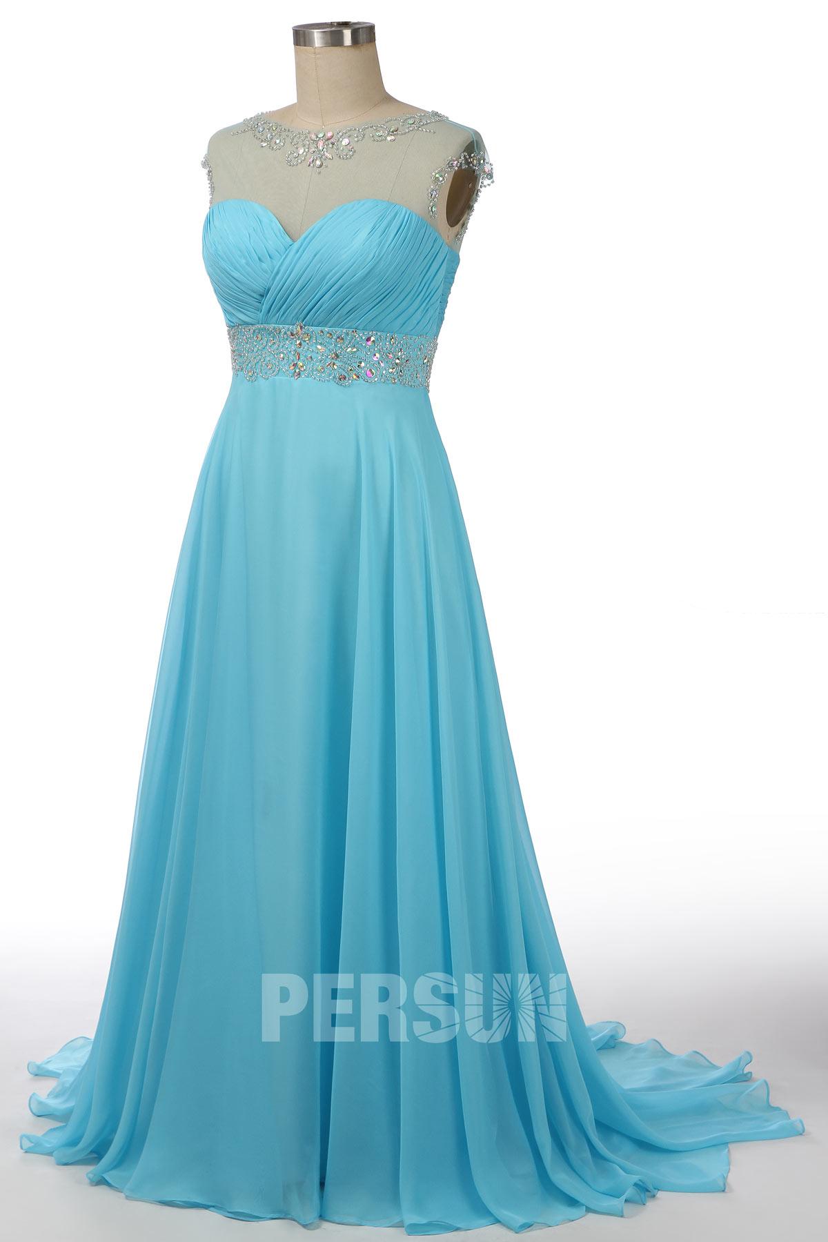 robe de soirée longue bleu turquoise col illusion mancherons ornée de bijoux