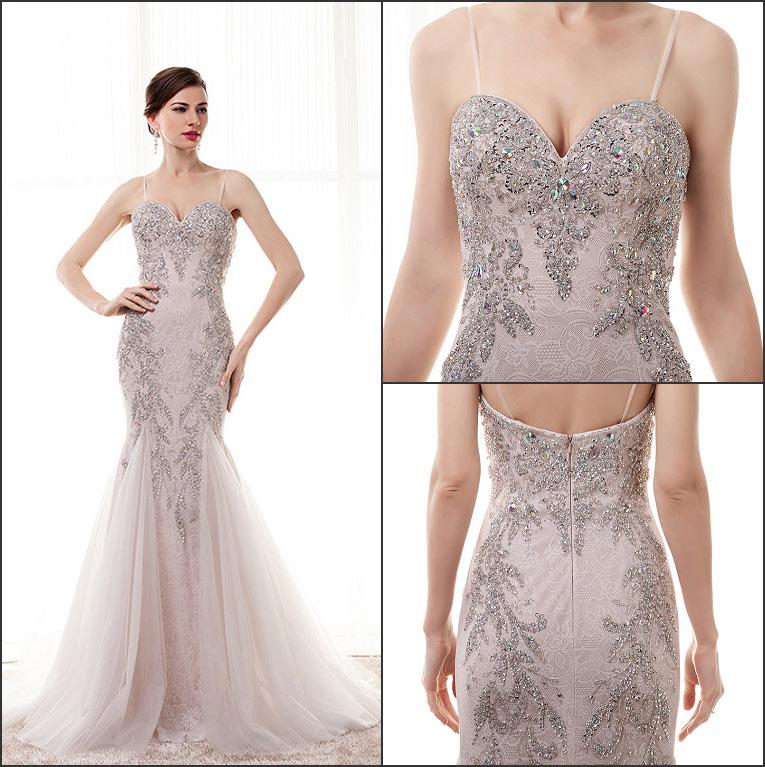 robe de soirée sirène taupe clair bustier coeur à bretelle fine embelli de dentelle appliquée florale