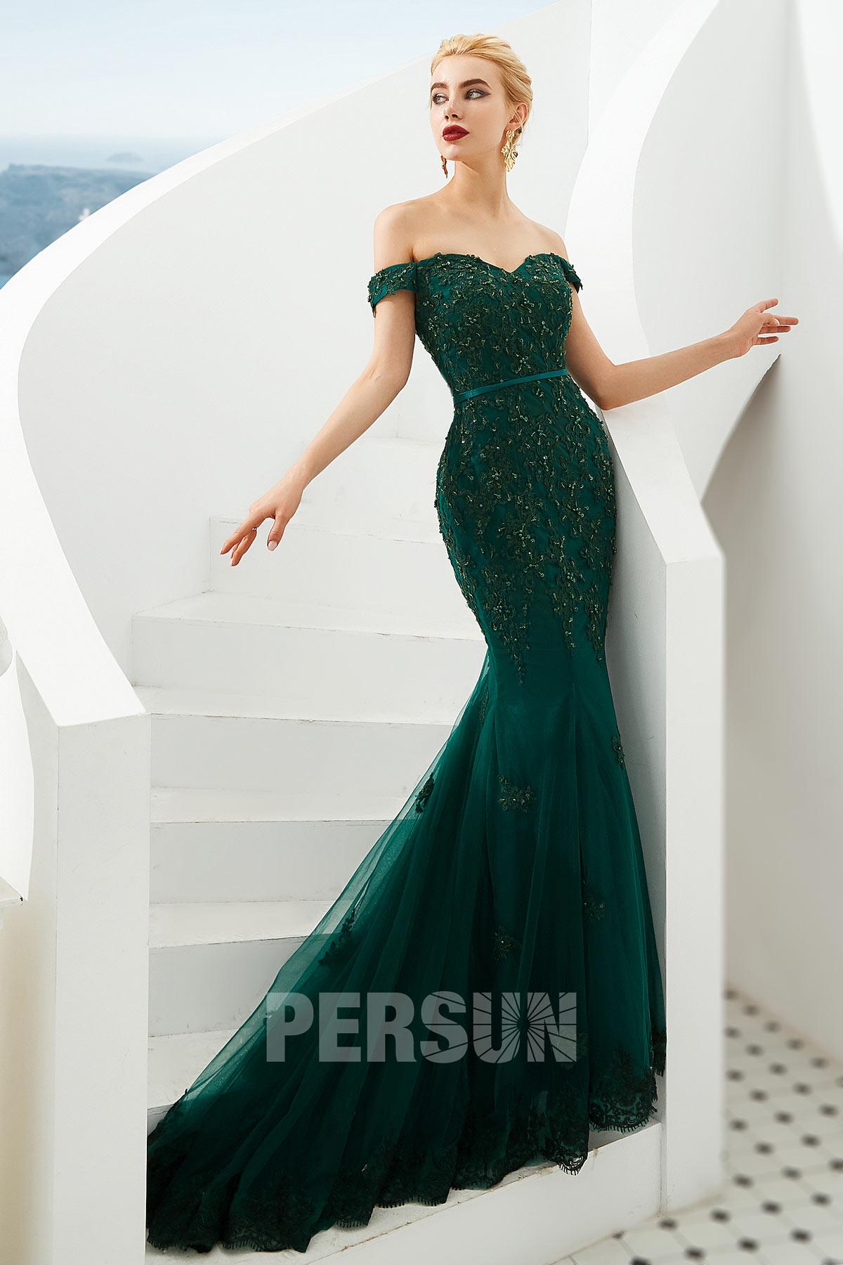 robe de soirée sirène vert foncé épaule dénudée en dentelle appliquée