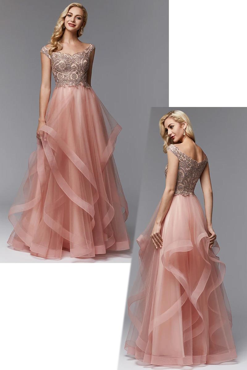 robe de bal rose dorée épaule dégagé haut en strass et jupe à volant