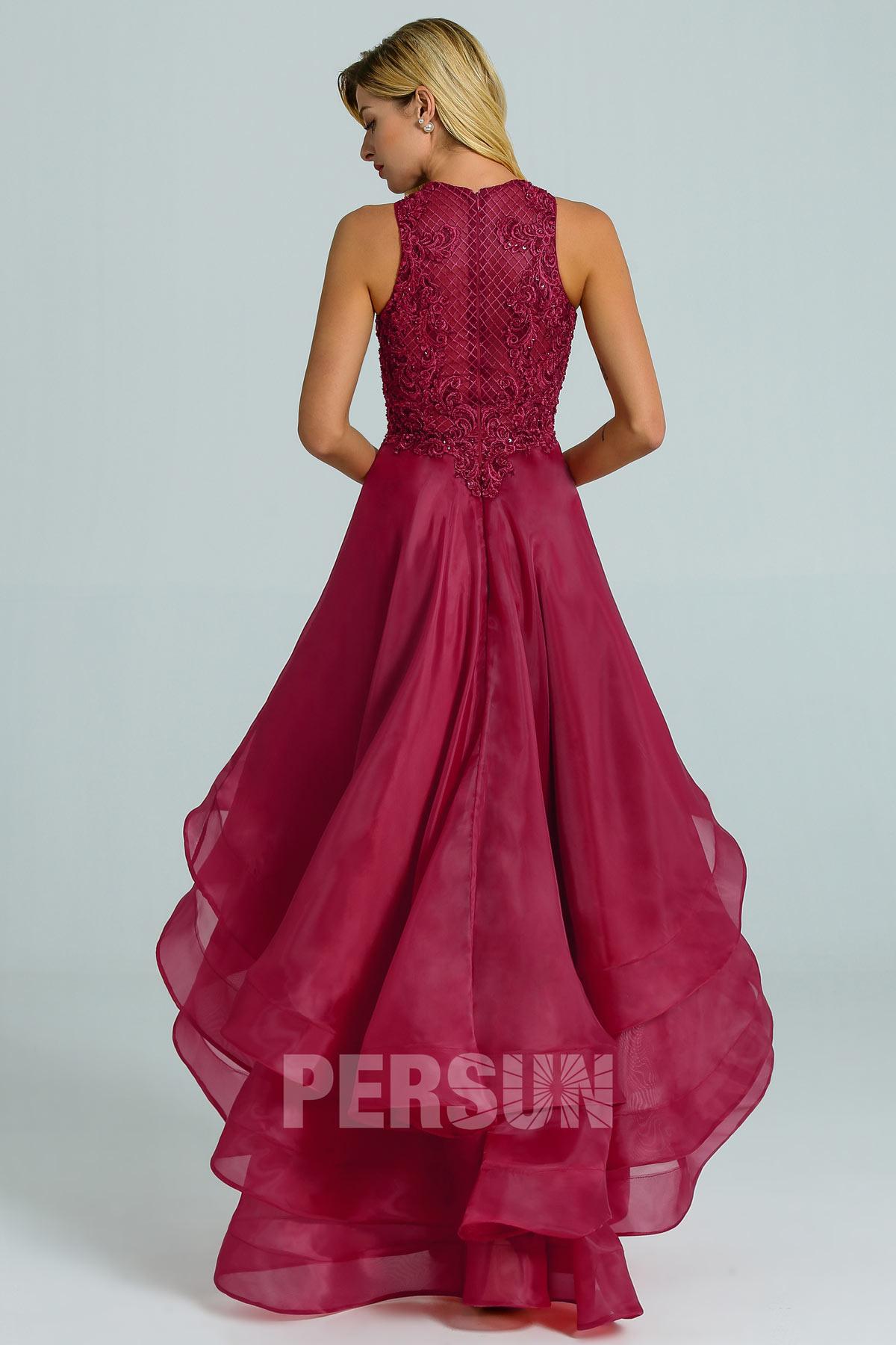 Robe rouge bordeaux courte devant longue derrière haut dentelle jupe à volant