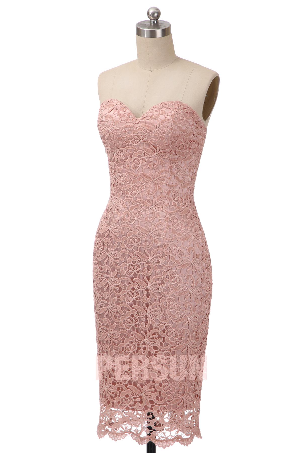 robe de soirée courte rose moulante bustier coeur en dentelle florale