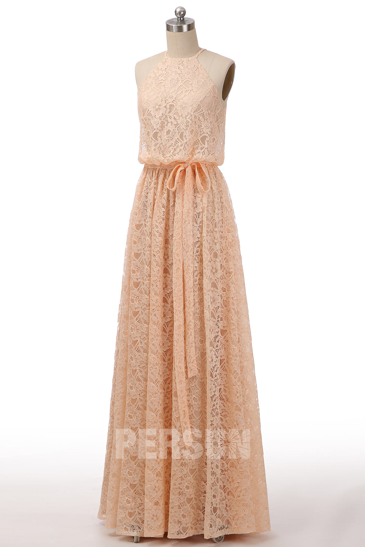 robe demoiselle d'honneur longue nude col halter en dentelle avec ceinture noeud papillon