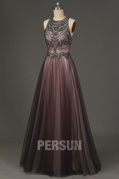 Robe de bal gris rose bustier brodé de bijoux dos découpé