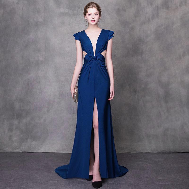 robe bleu longue fendue pour aller à un mariage