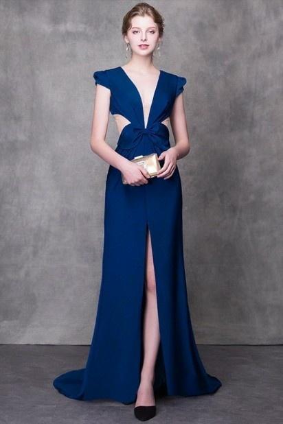robe de bal bleu longue fendue col en V