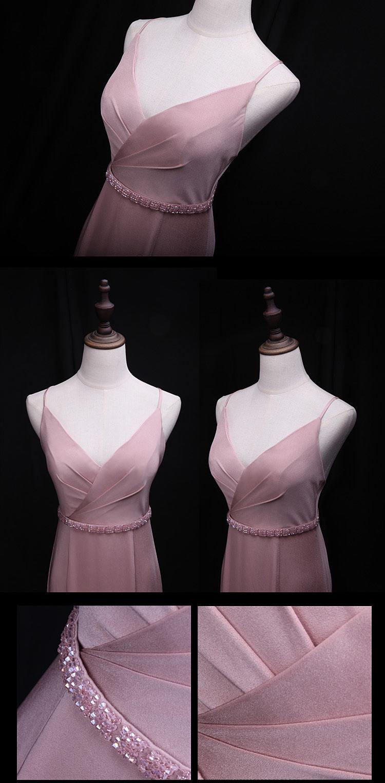 Robe Rose longue style sirène avec ceinture orné de bijoux pour soirée ou gala