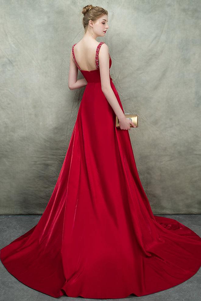 Robe de gala rouge longue encolure transparente avec fente