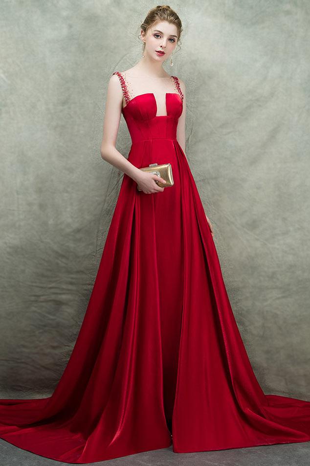 bd80f3c2454 Robe de cérémonie rouge longue fendu à encolure illusion ornée de strass  avec traîne chapelle