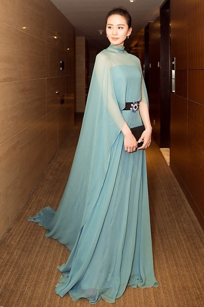 Chic Robe de célébrité vert eau tencel avec cape longue