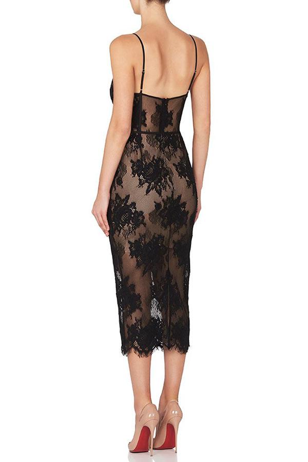 Petite robe noire fourreau sexy jeu de transparance en dentelle