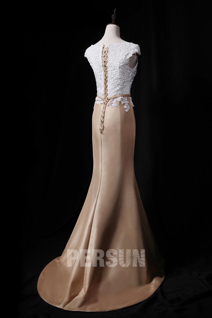 Robe de soirée sirène blanche et champagne à haut appliqué de dentelle et perles