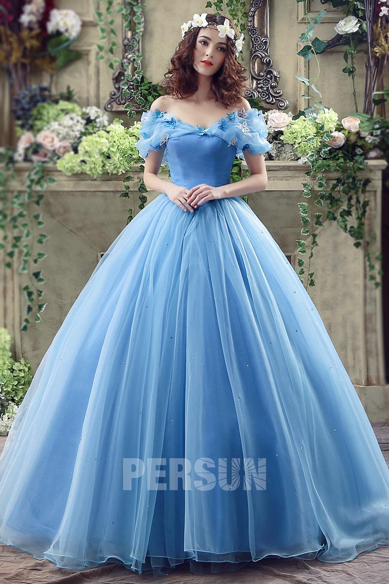 robe de mariée princesse bleu à épaule dénudée style Cendrillon