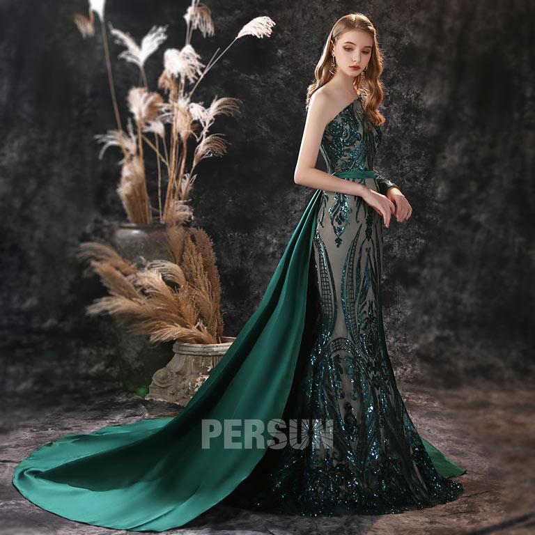 robe soirée vert foncé dentelle pailletée avec traîne